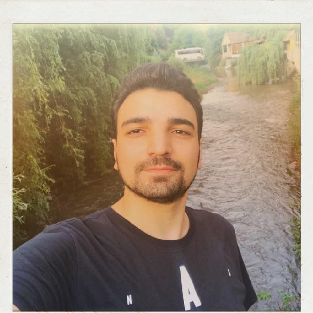 Narek Lorian