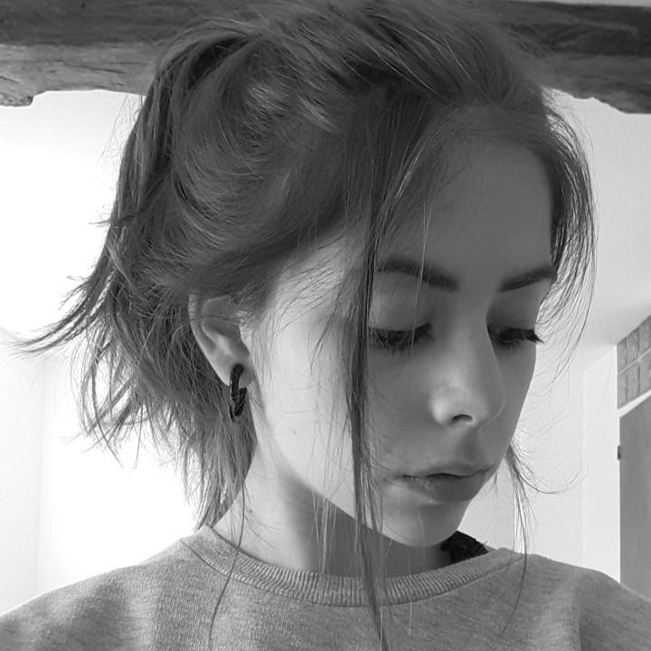Emma 🐉