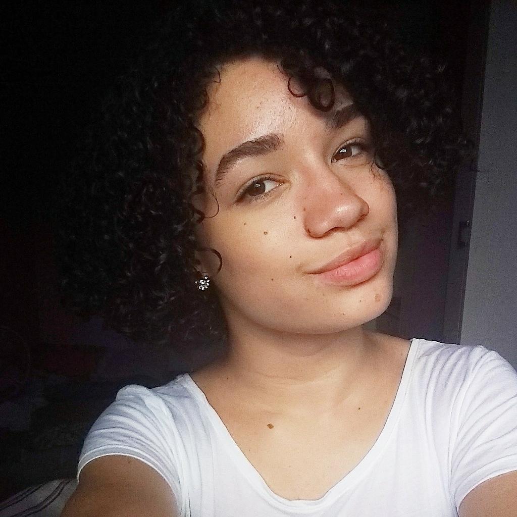 Alessandra Barcellos