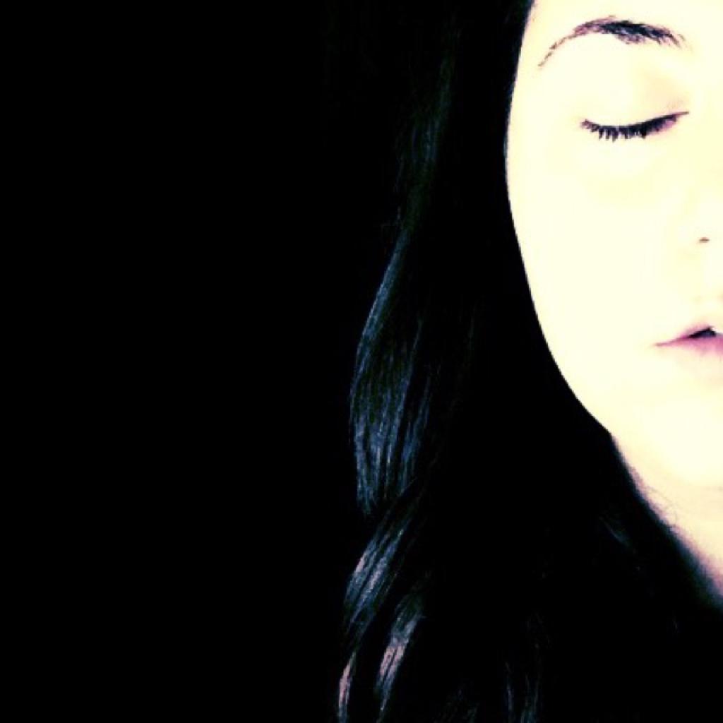 •Claudia•