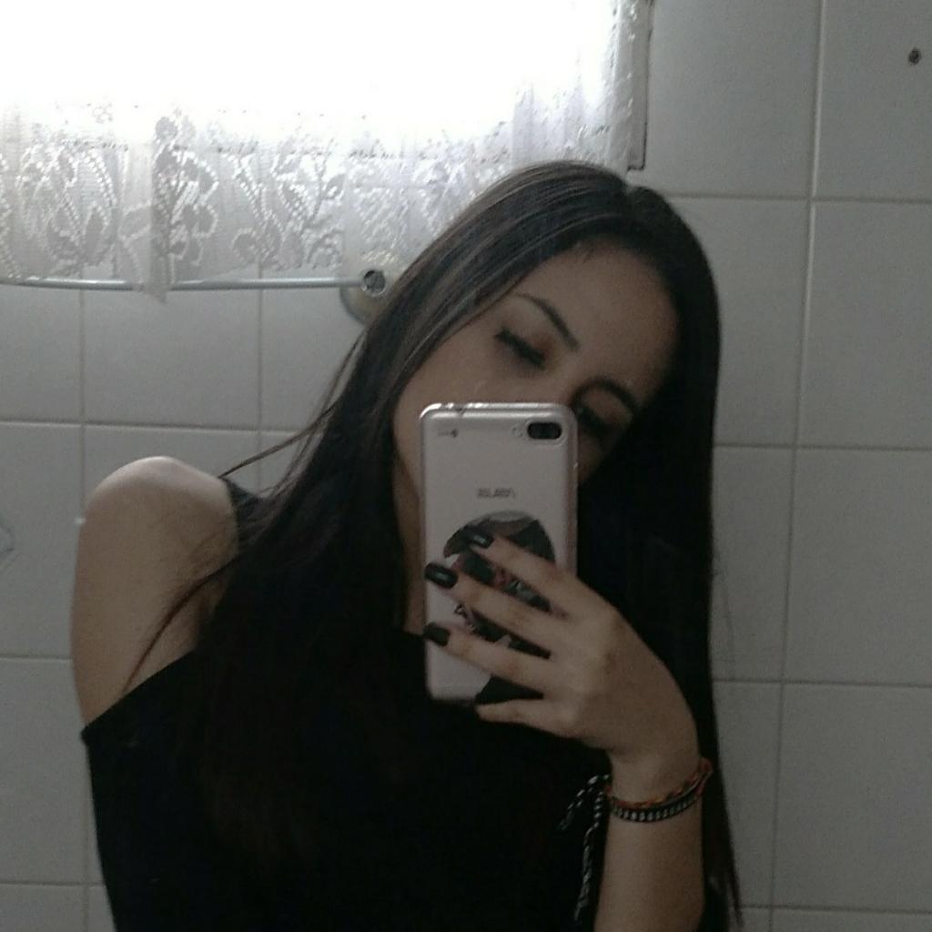 Bianca Queiroz
