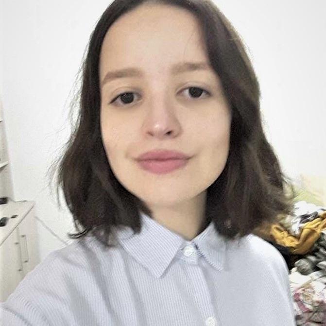 Júlia Abreu