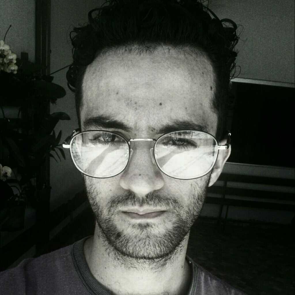 Tiago Farias