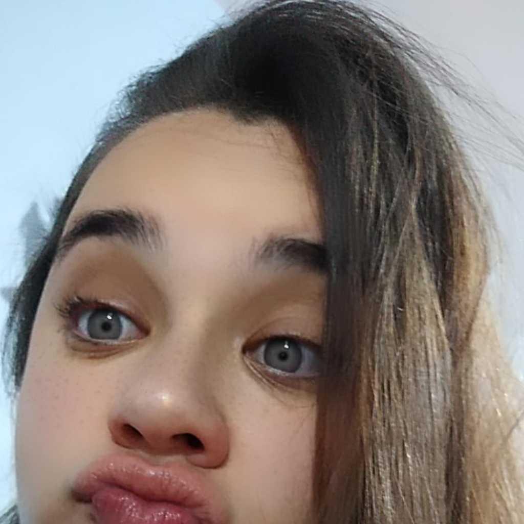 Nyna Roswitha