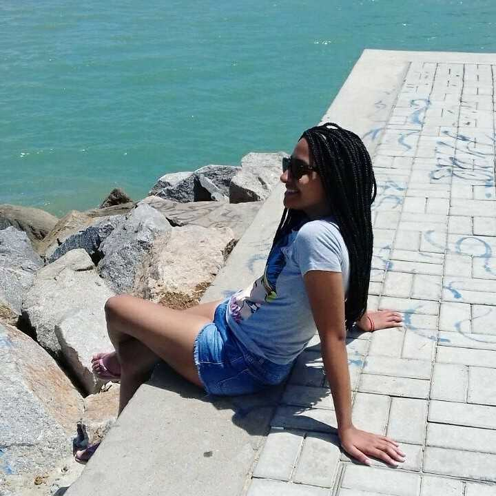 Bruna Alves