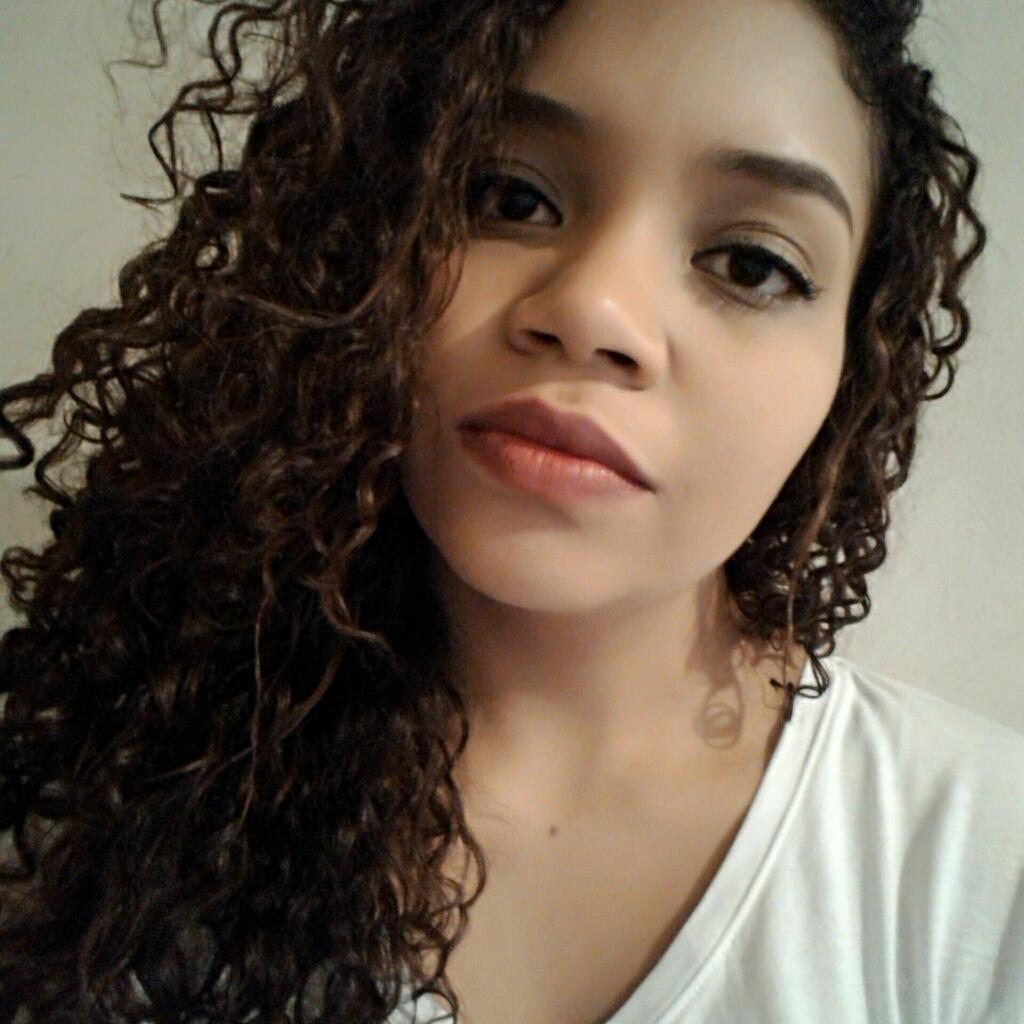 Luana L.