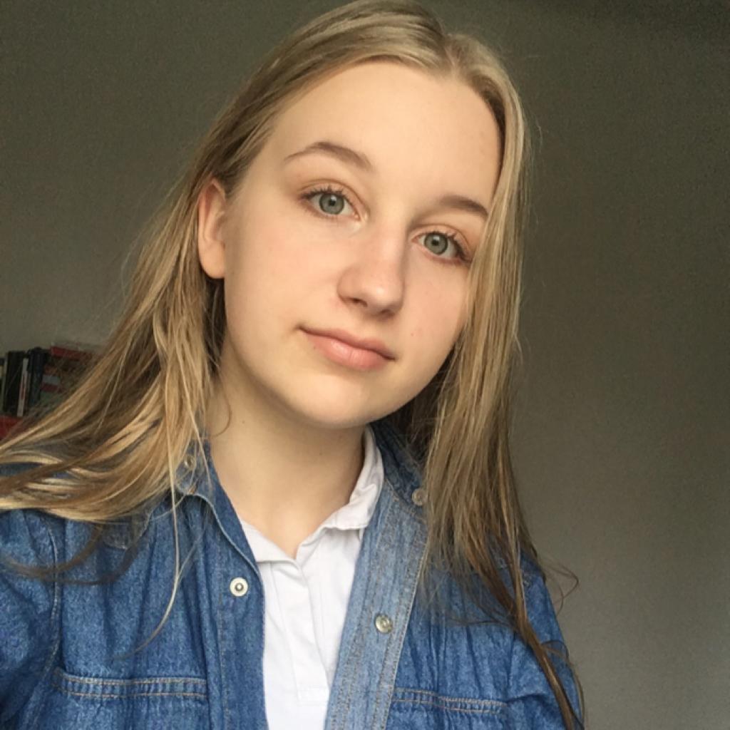 Ania Bartoszek