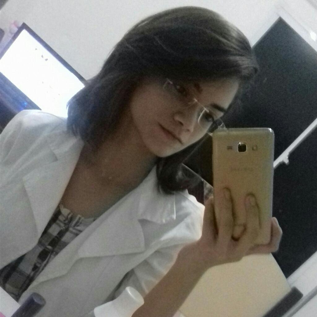 Samanda Leal
