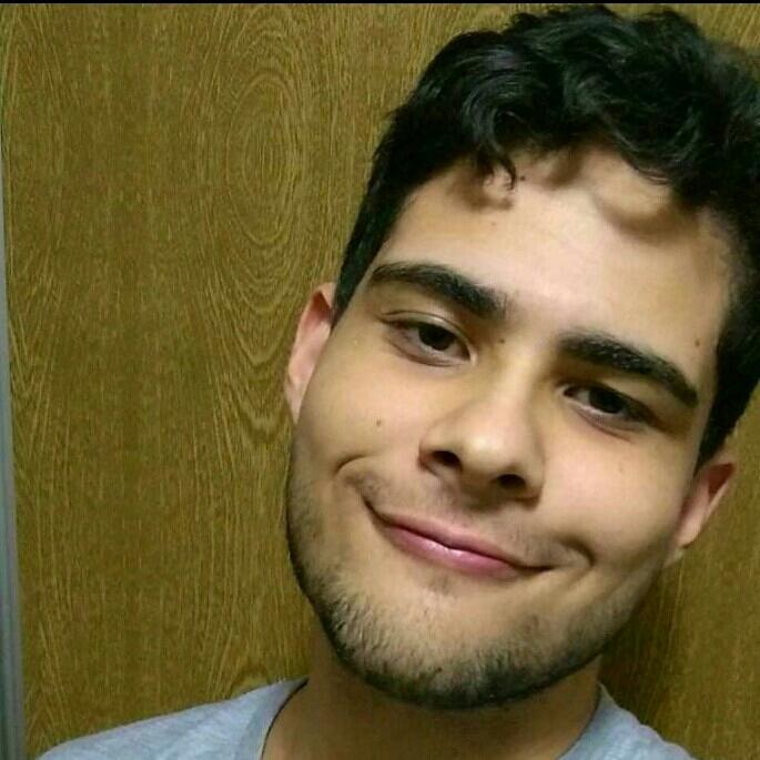 Guilherme S Santos