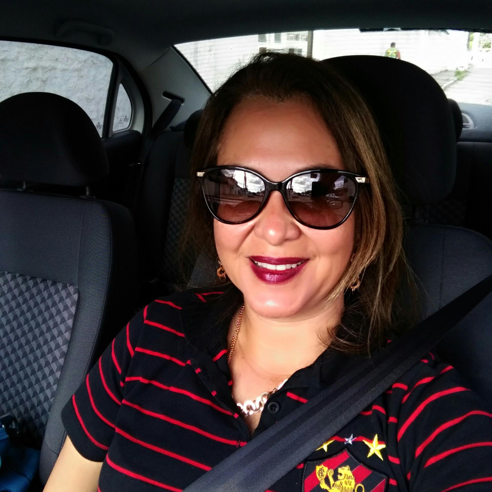 Lucia Helena Ferreira Santos