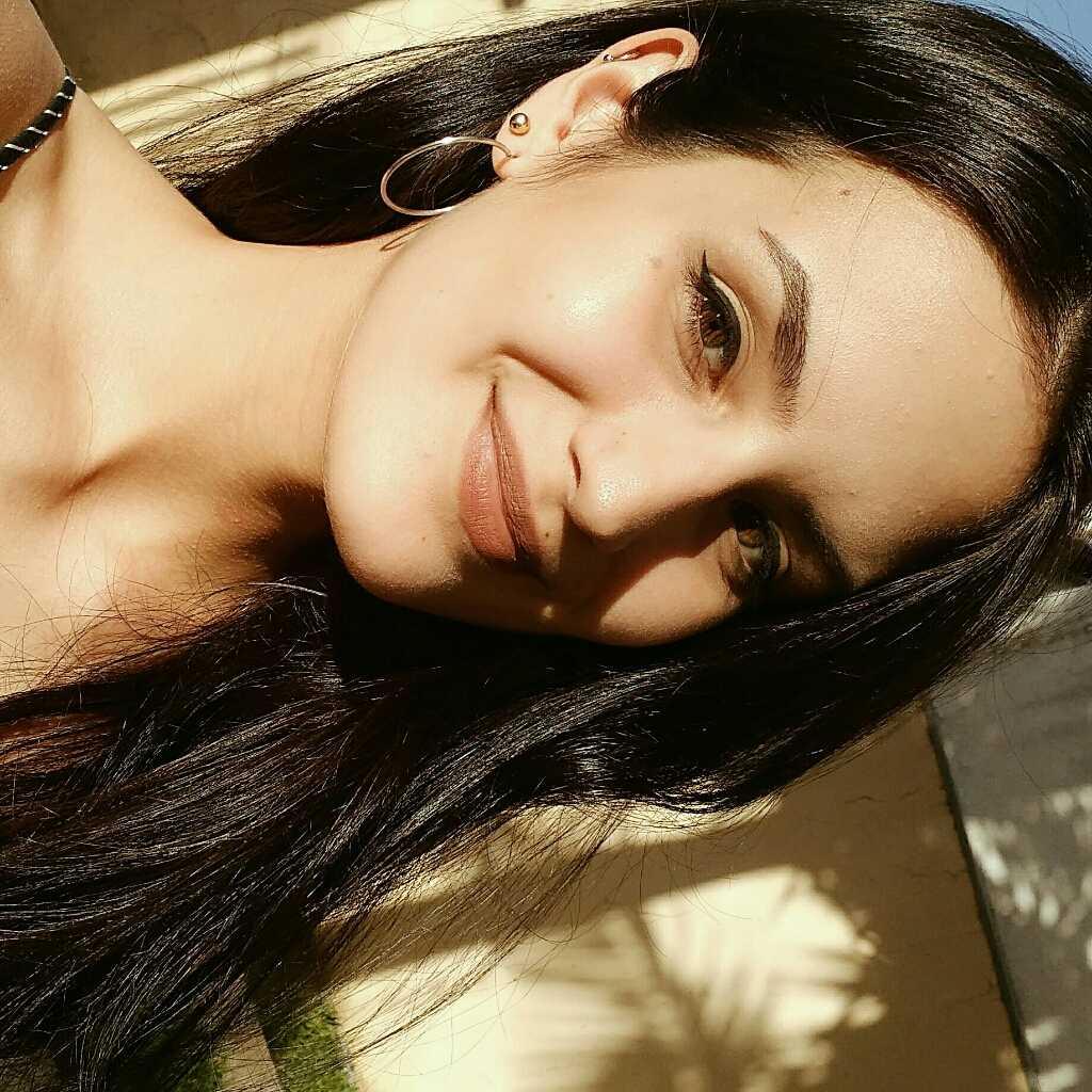 Isabella Islabão