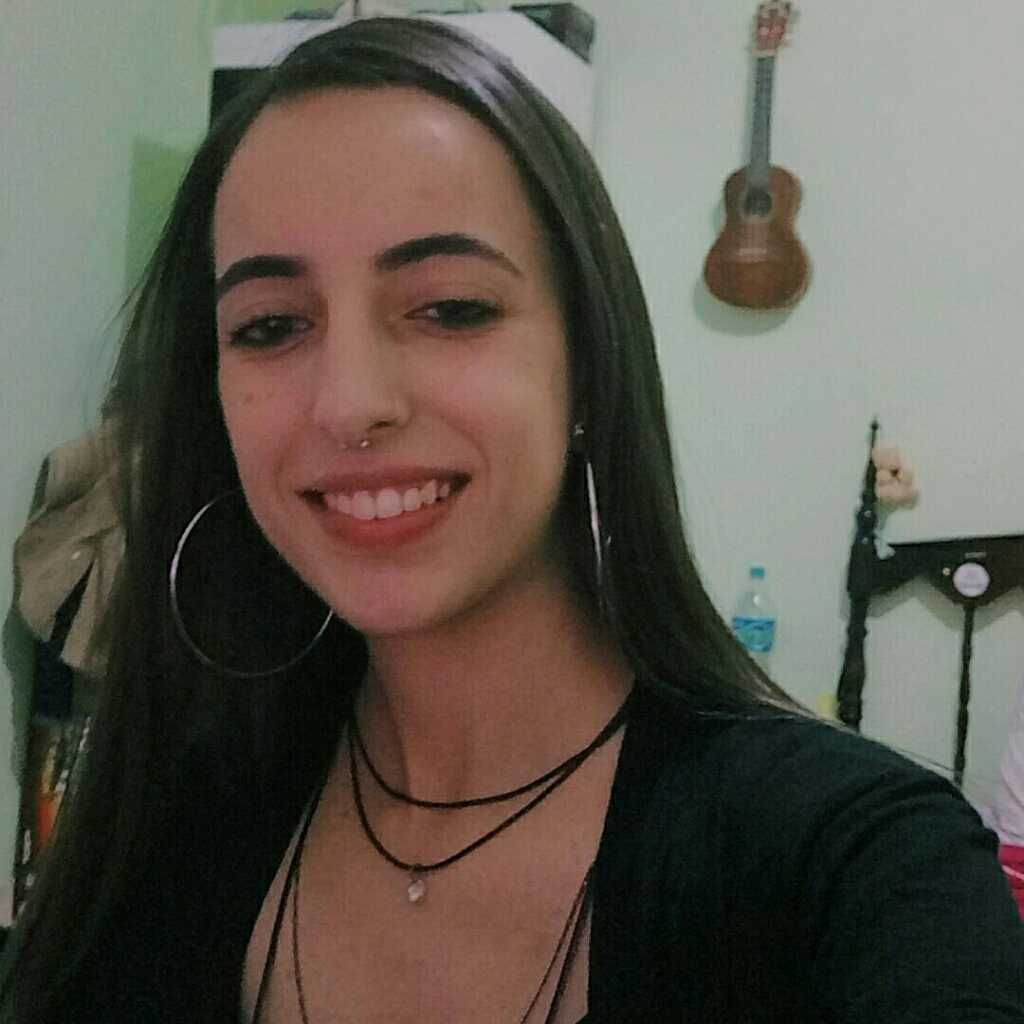 Rayanne B. Lima