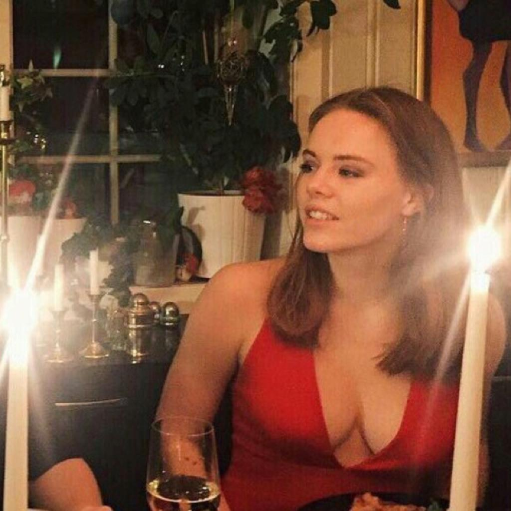 Eva (Amèlie)
