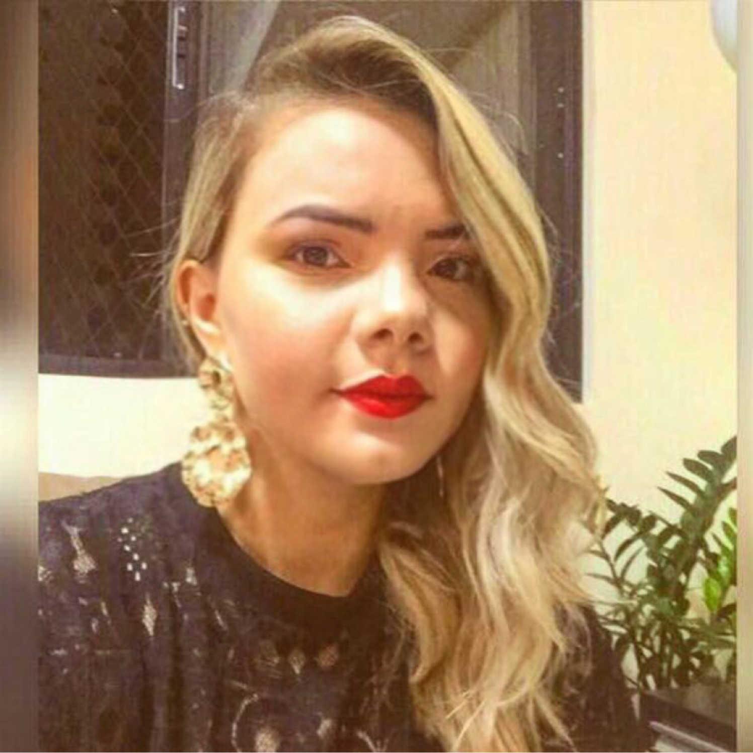 Nailla M. T. Santos
