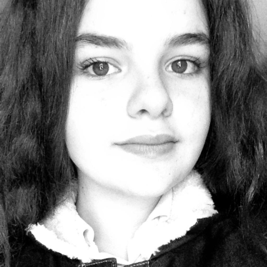 Cassandra Escames