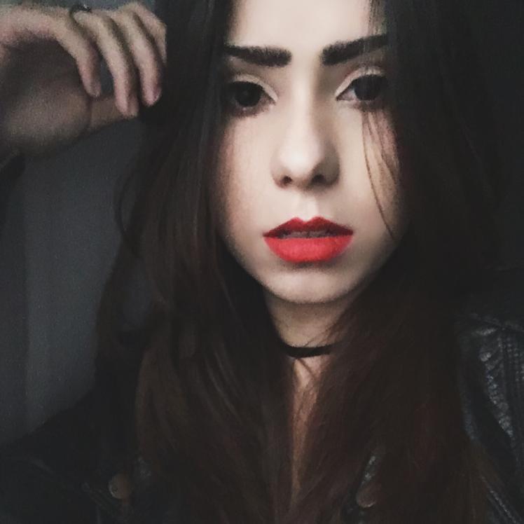 Bella ♡