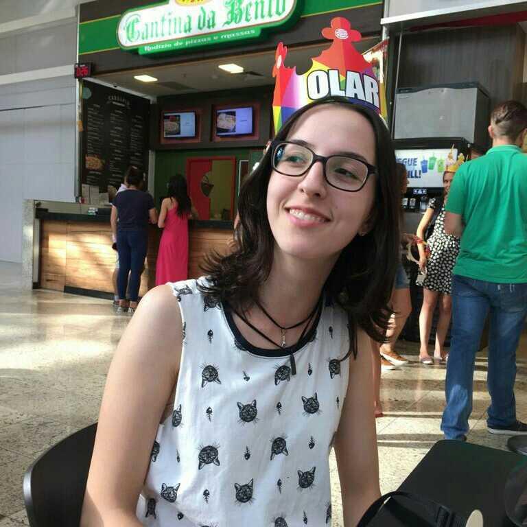 Camila Calderipe